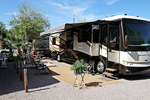 Bullhead city laughlin rv park laughlin river run camping for Laughlin cabins
